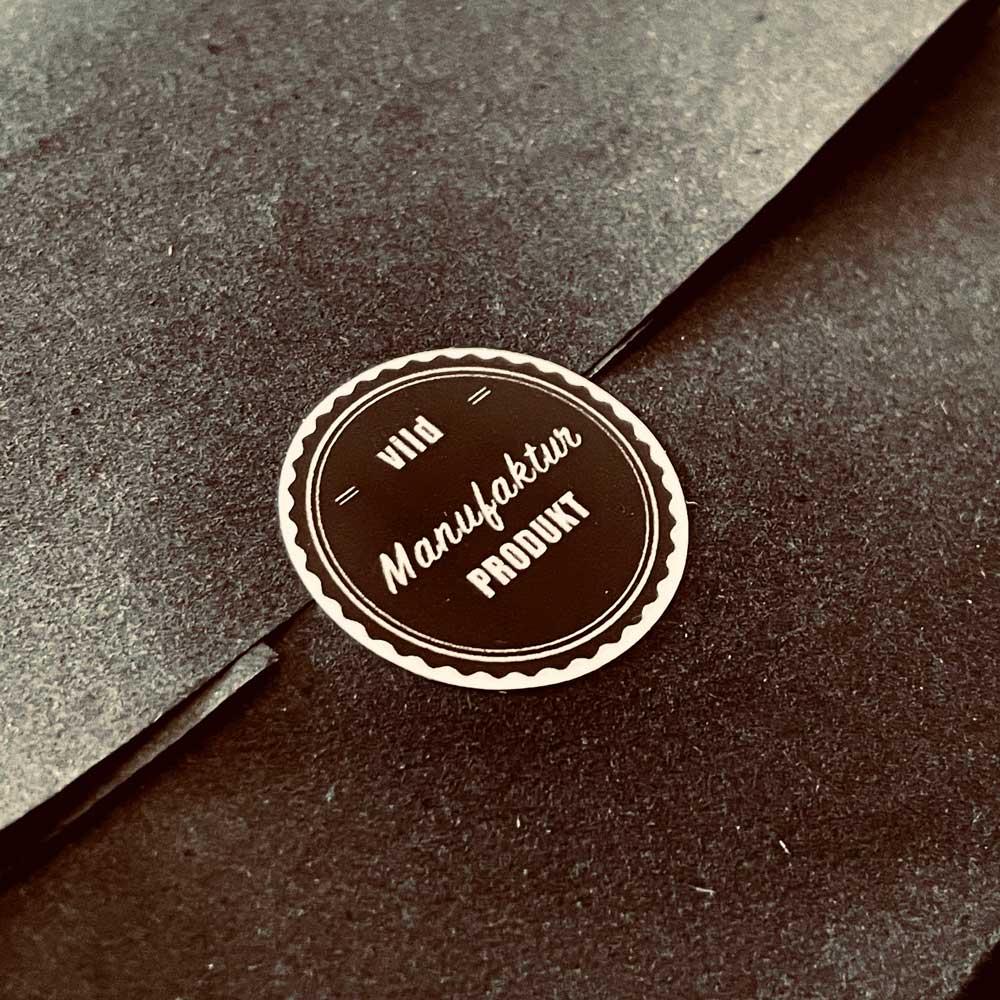 Uhren Halter Verpackung mit Manufaktur Siegel vild Hamburg